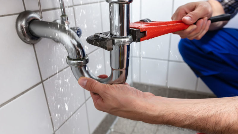 8 Common Plumbing Mistakes that homeowners make