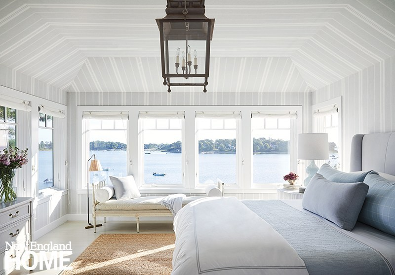 By the lake or by the sea: Your dream home