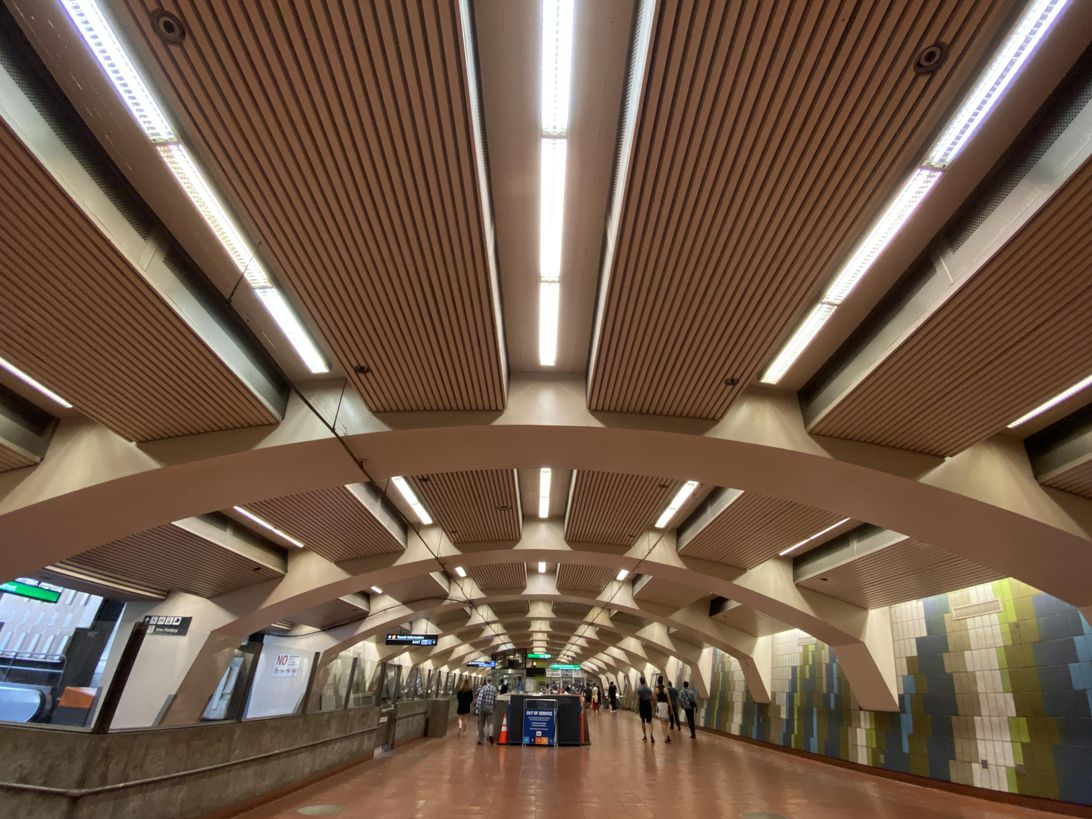 bart-station-ultra-wide-iphone-11-pro