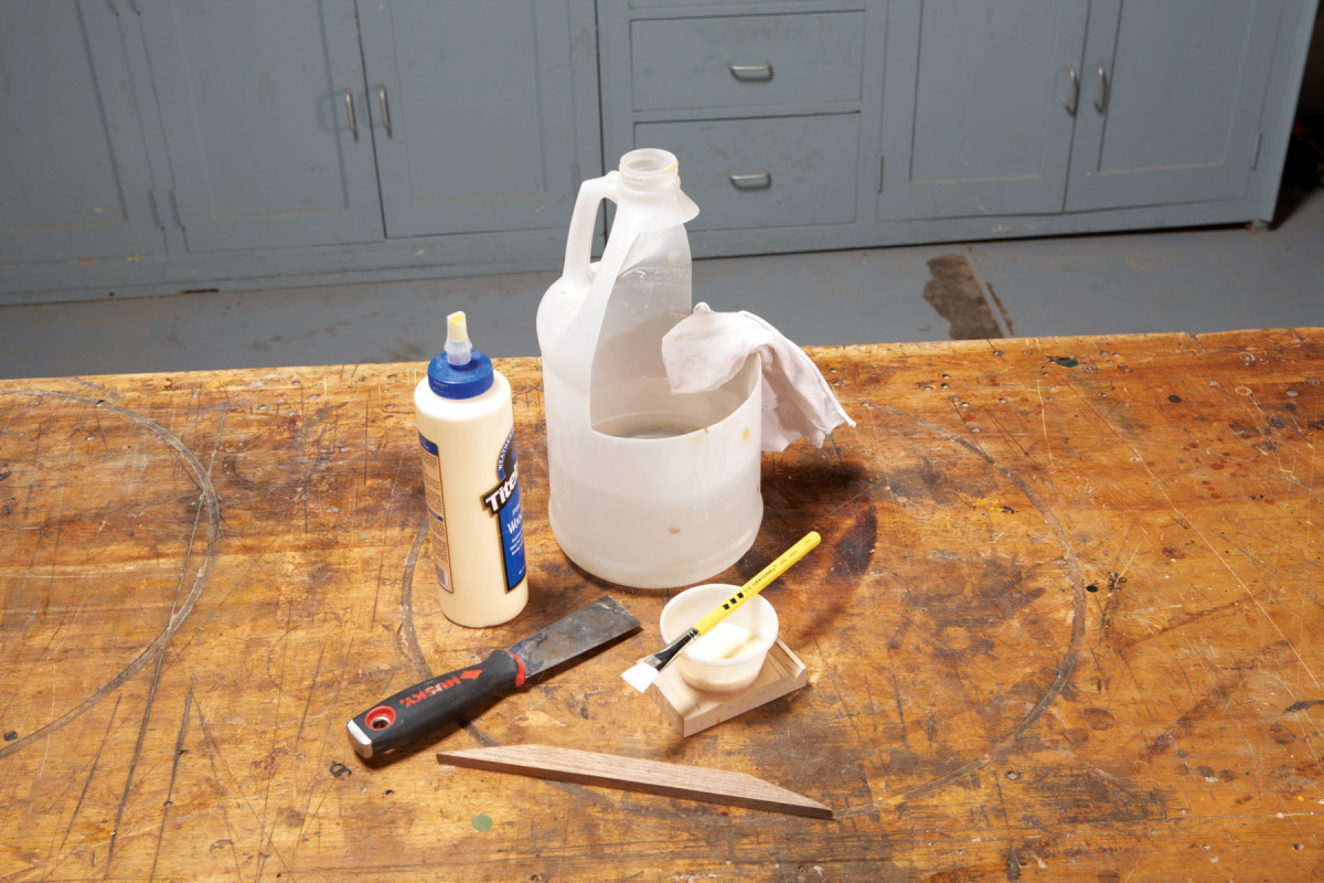 Self-Storing Glue Kit | Popular Woodworking Magazine