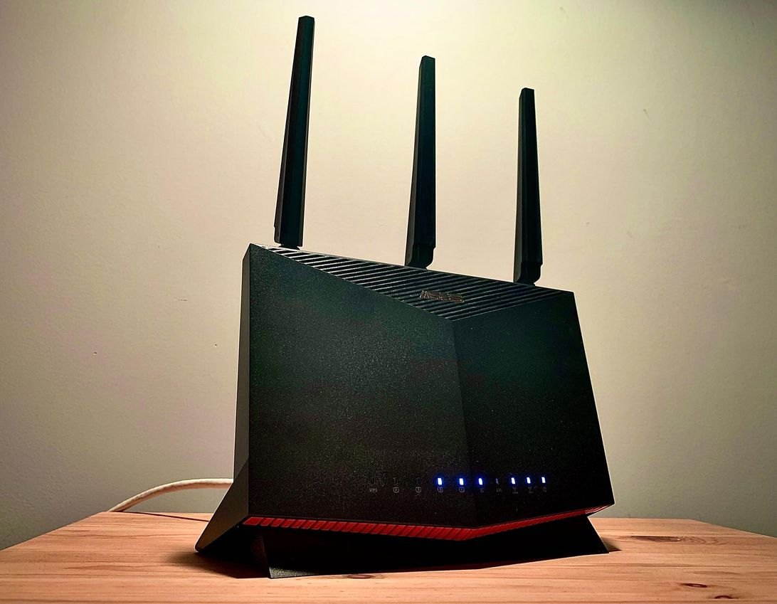 Asus took the best gaming router and added Wi-Fi 6 speeds