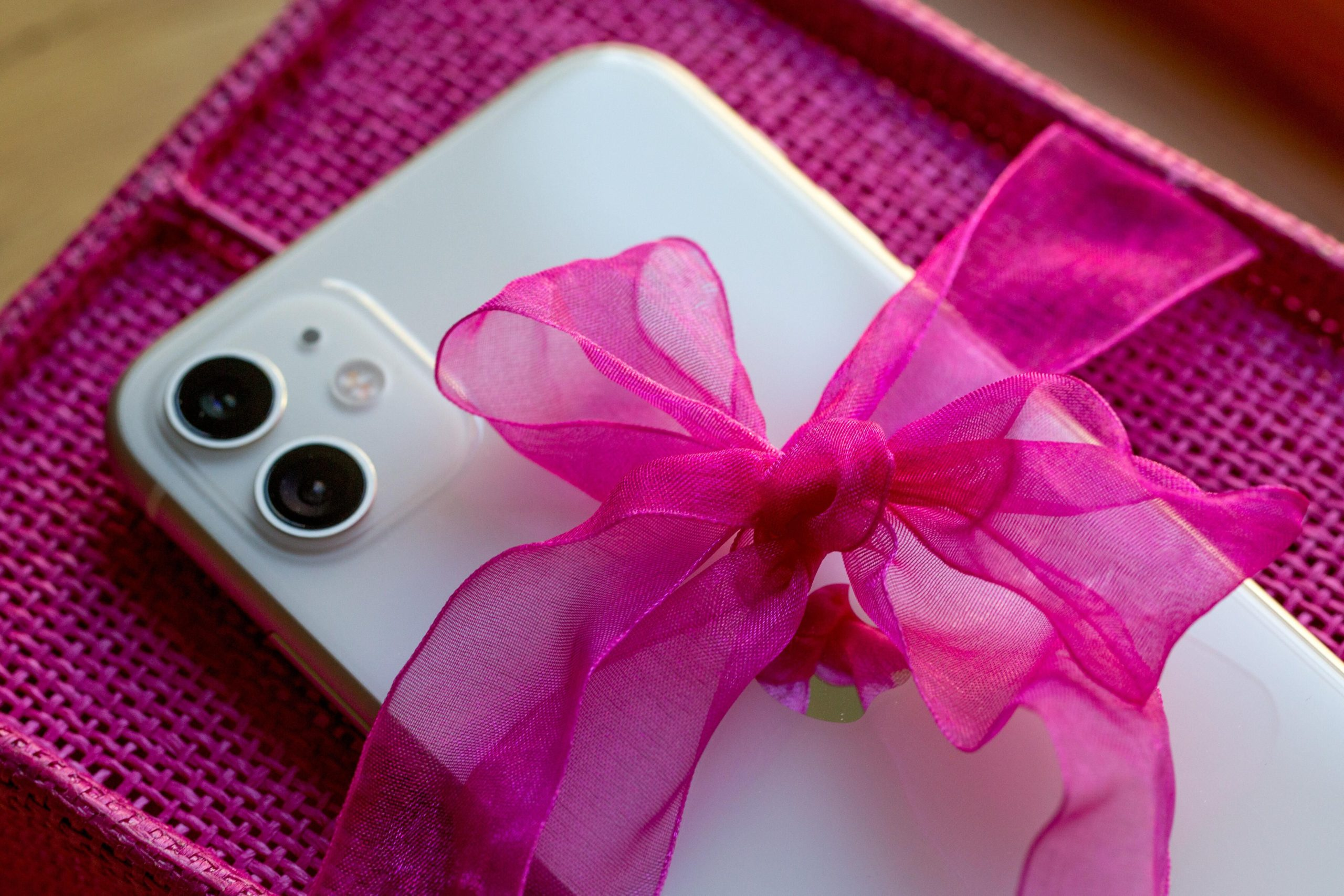 Black Friday: 6 rules you need to follow when buying phone and gadget gifts