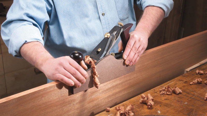 Right-Angle Guide for Jointing | Popular Woodworking Magazine