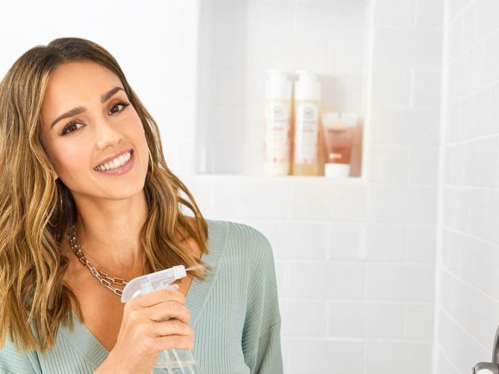 Jessica Alba Opens Up About Creating the Honest Company's Conscious Cleaning Collection