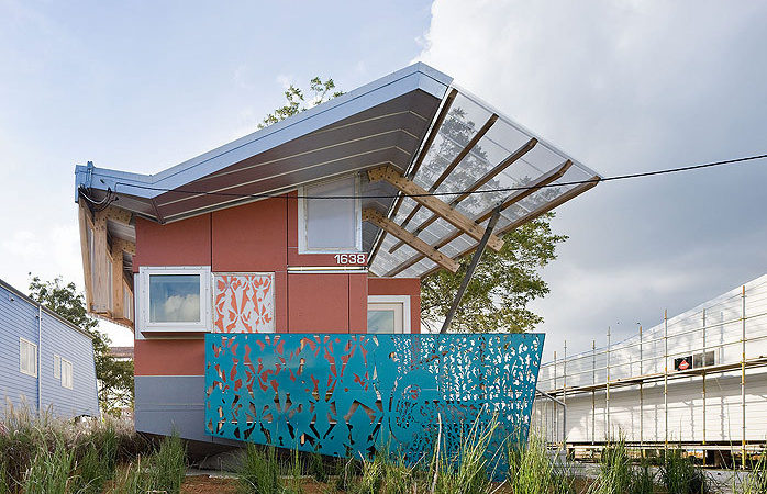 Flood-Proof House Designed to Break Free & Float