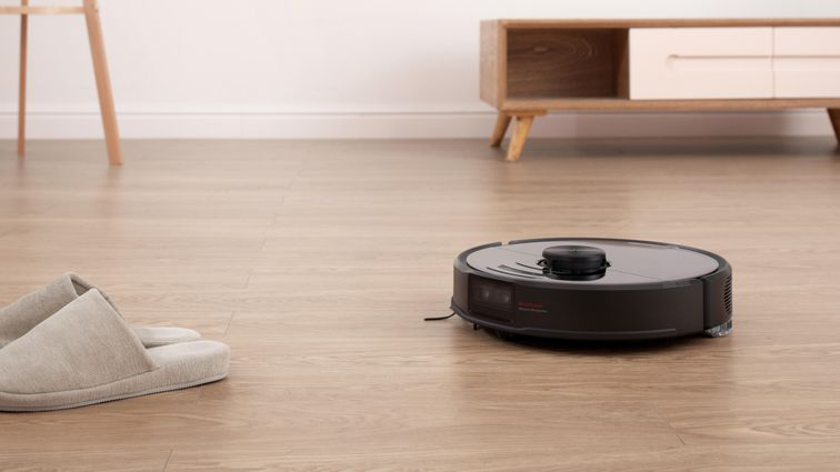 Save $230 on the Roborock S6 robot vacuum, matching the lowest price ever