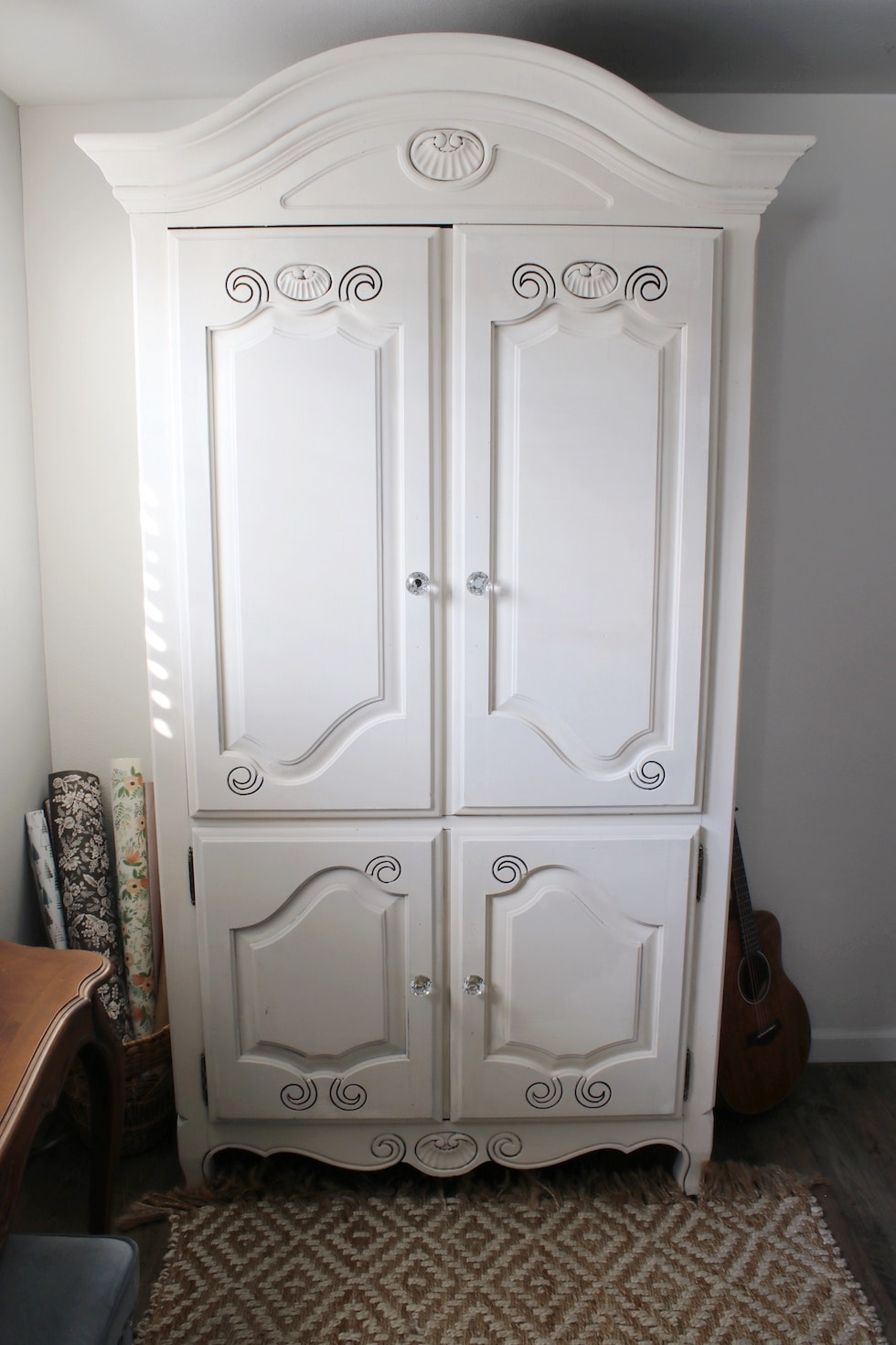 Before and after: Cabinet painted with milk paint