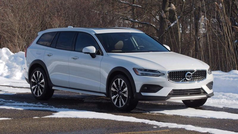 2021 Volvo V60 Cross Country review: Chef's kiss