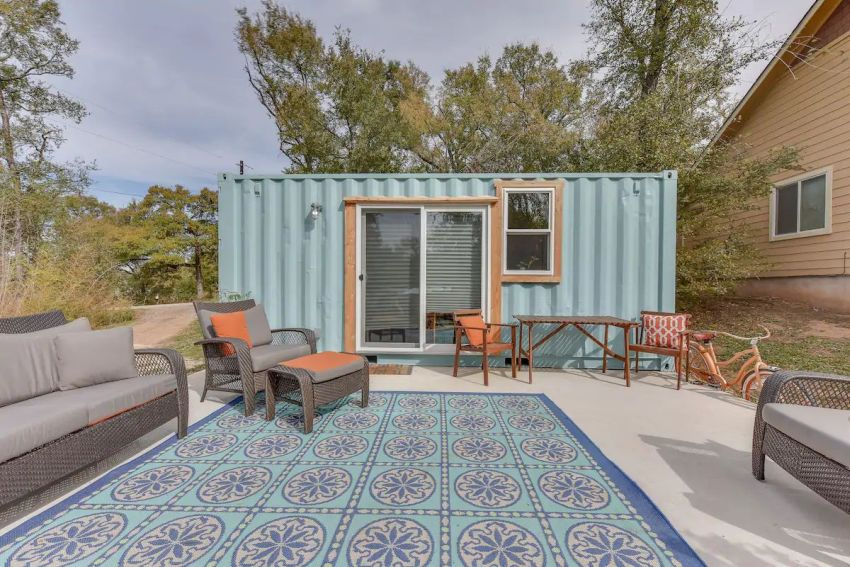 This container home in Austin, Texas can be rented on Airbnb