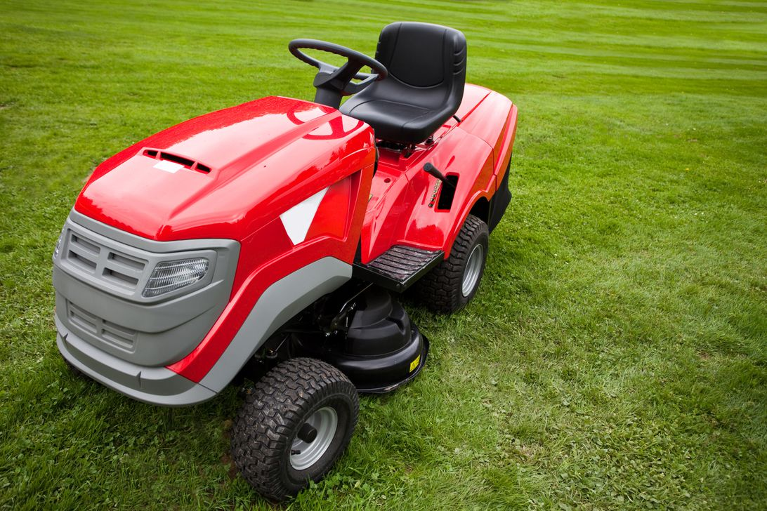 What to know before buying a riding lawn mower