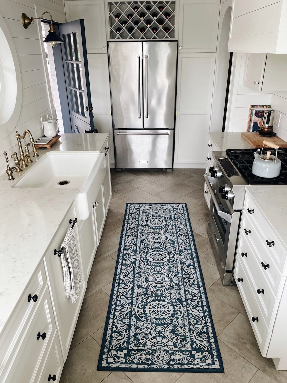 New kitchen runner (+ My honest thoughts on ruggable rugs and favorite patterns)