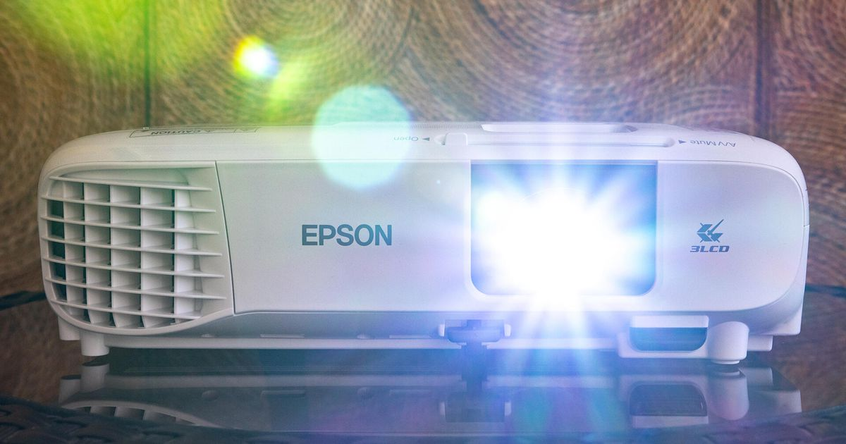 Epson Home Cinema 880 projector review: Bright and cheap, but that's about it