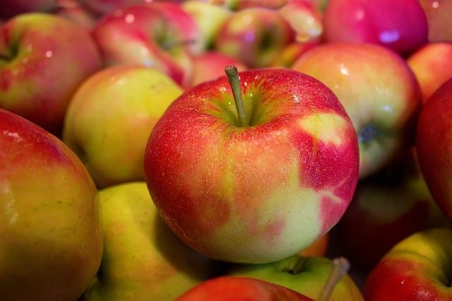 2 Red and Yellow Apples
