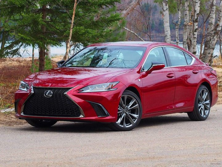 2021 Lexus ES 250 review: Super cruiser
