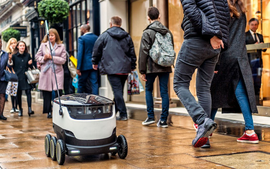 Starship Technologies delivery bot