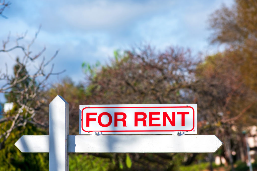 What Is the Difference Between 'Lease' and 'Rent'?