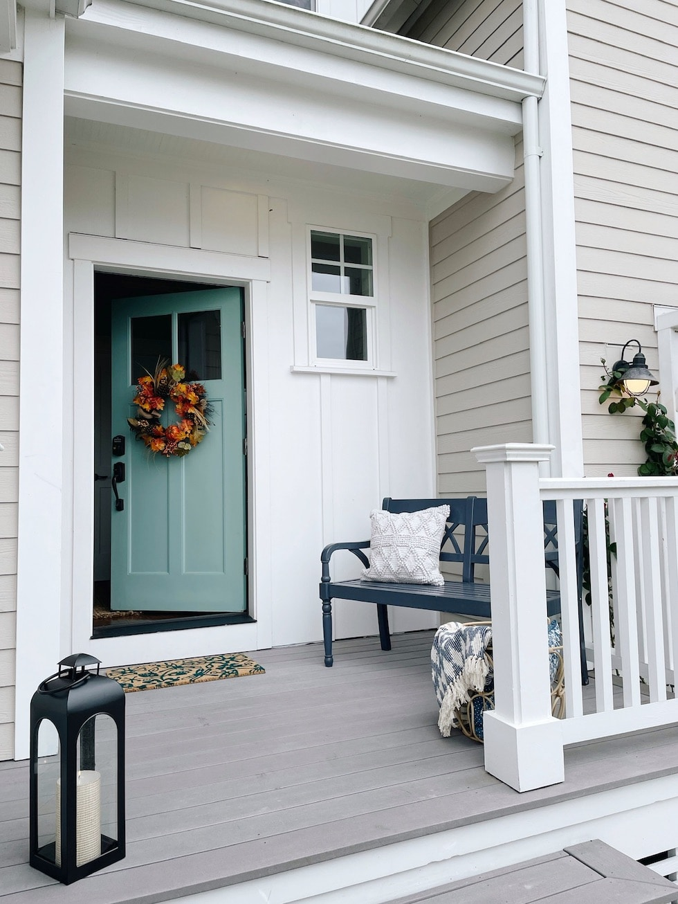 Decorate our new porch and entryway for fall