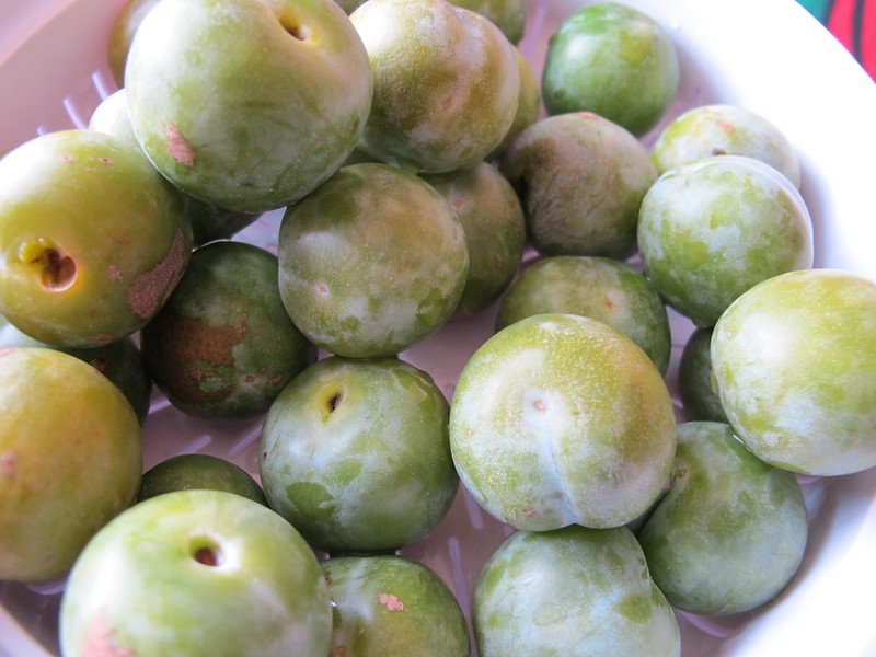 2 Greengages